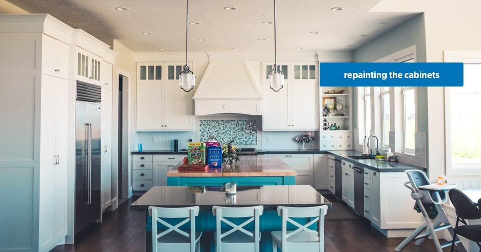 Home Renovation: Cabinet Paint Job