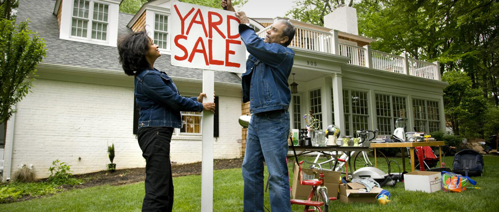 Yard Sales: 5 Pros and Cons You Need To Know - daveramsey.com